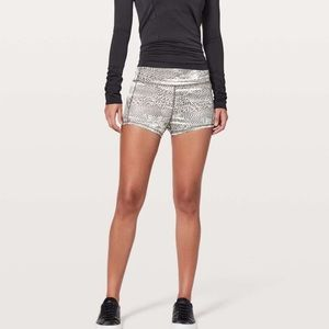 Lululemon In Movement Shorts Everlux 2.5
